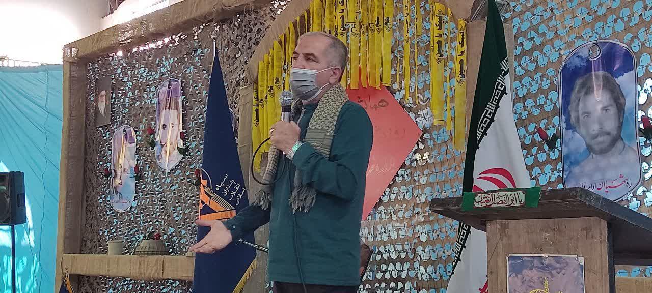 سردار اهوازیان: شهید سلیمانی نیاز به گریه کن ندارد، رهرو میخواهد
